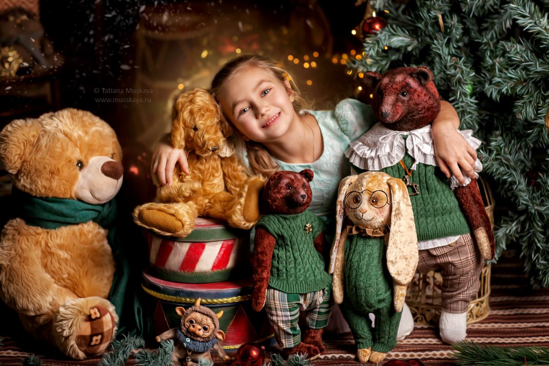 Новогодняя фотосессия в Москве с игрушками