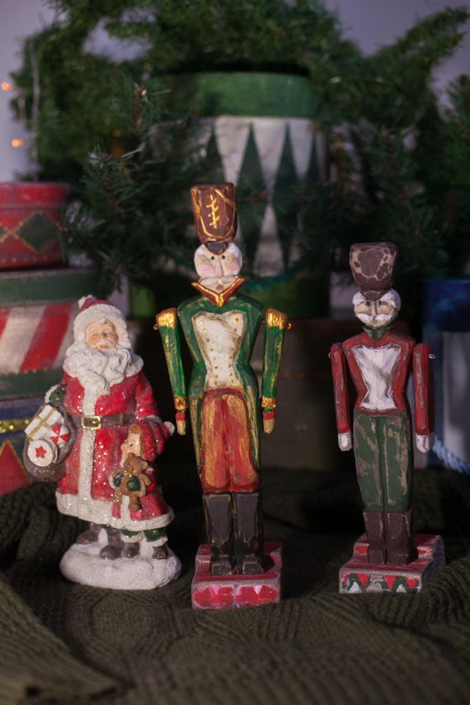 Новогодняя декорация Винтажный солдатик