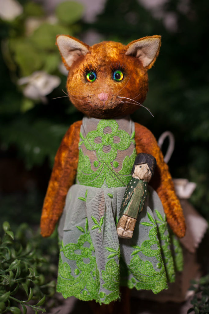 Кошечка-тедди Софья-Наталия и ее человек