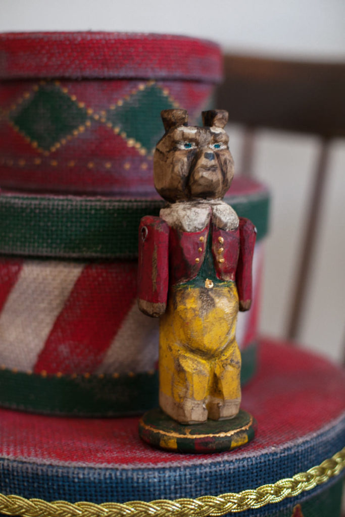 Деревянный мишка Ворчун