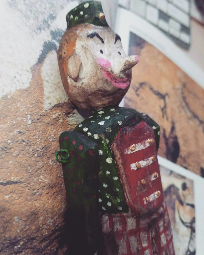 Деревянная кукла ПАРЕНЬ ШКЯ