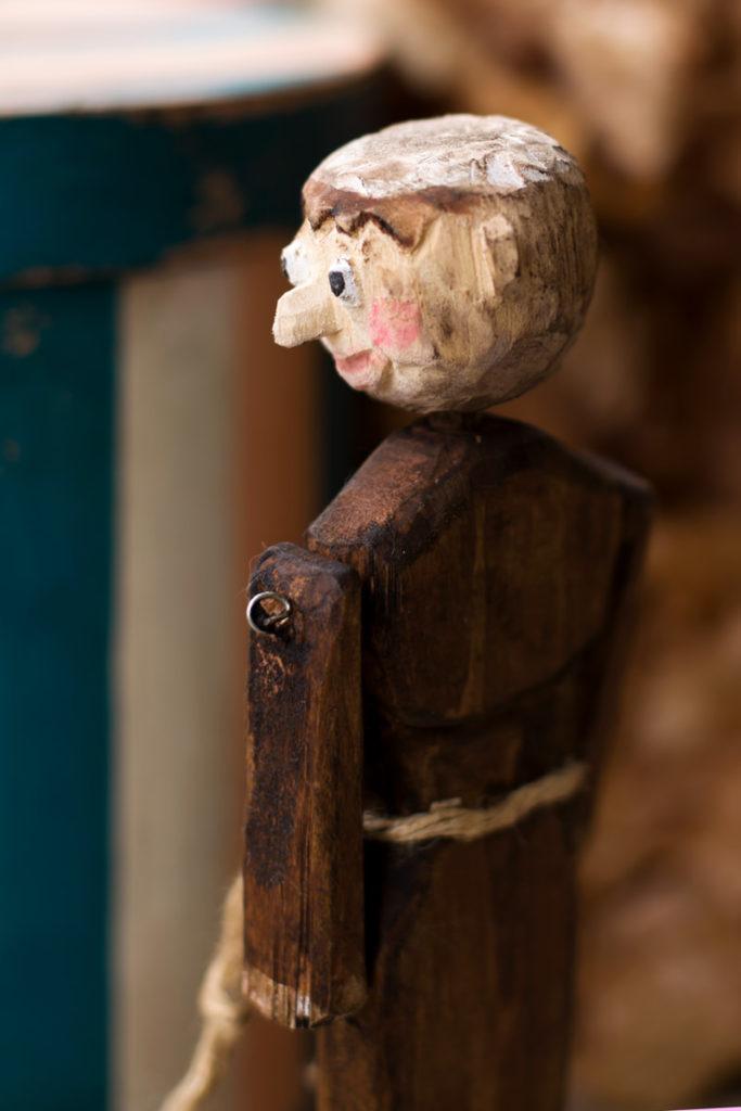 Деревянная кукла Монах