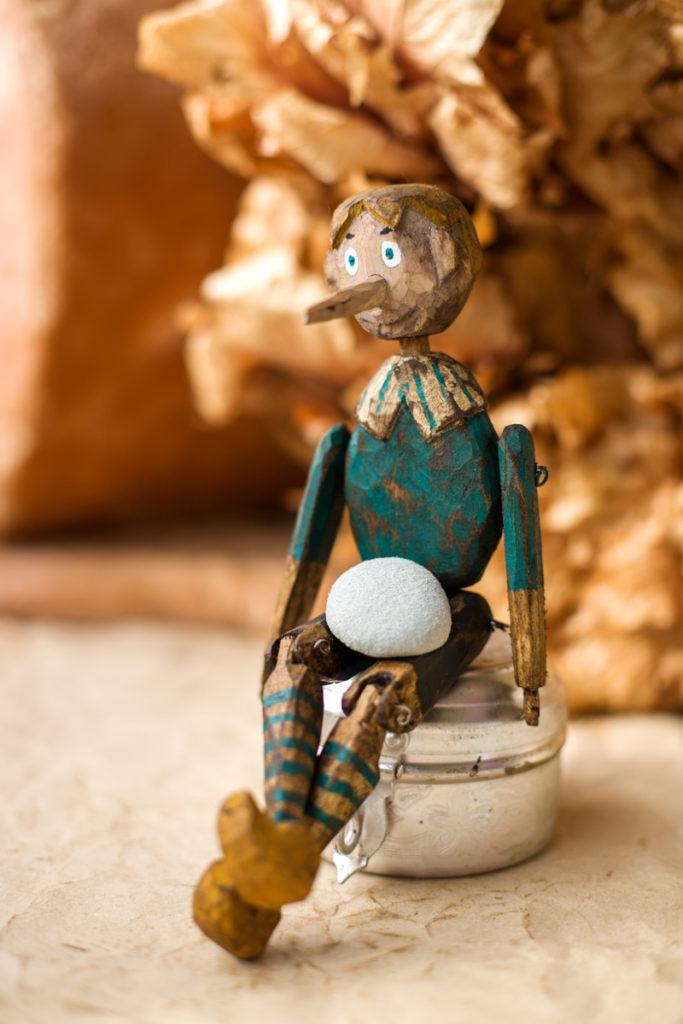 Буратино кукла из дерева