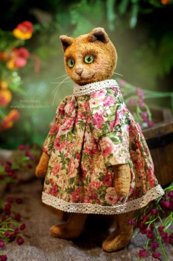 кошка игрушка подарок